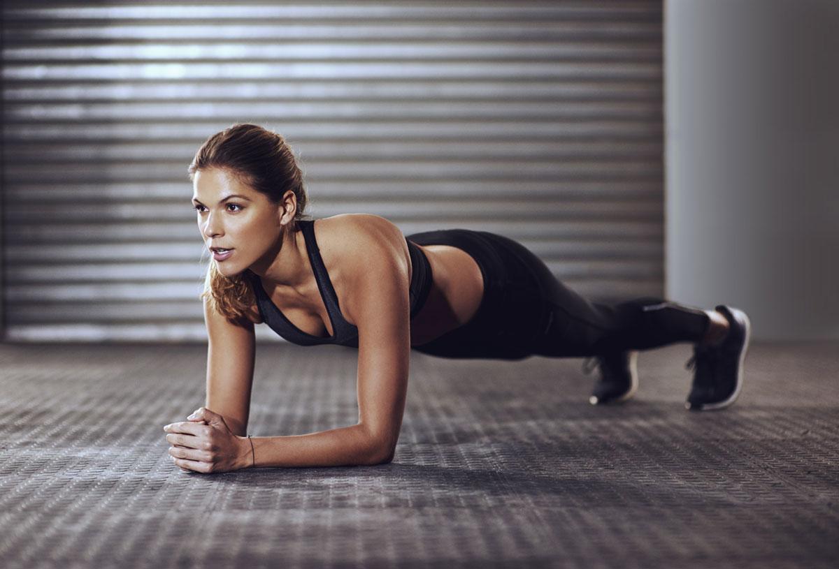 7-esercizi-efficaci-per-allenare-gli-addominali